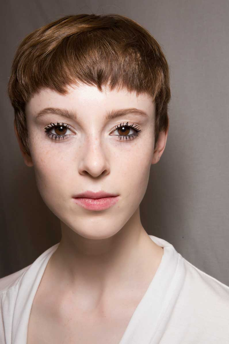 Coupe courte jeune femme automne hiver 2018 les plus for Belle coupe de cheveux court pour femme