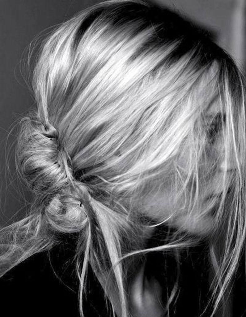 Chignon multipinces 50 coiffures faciles et rapides elle - Chignon facile et rapide ...