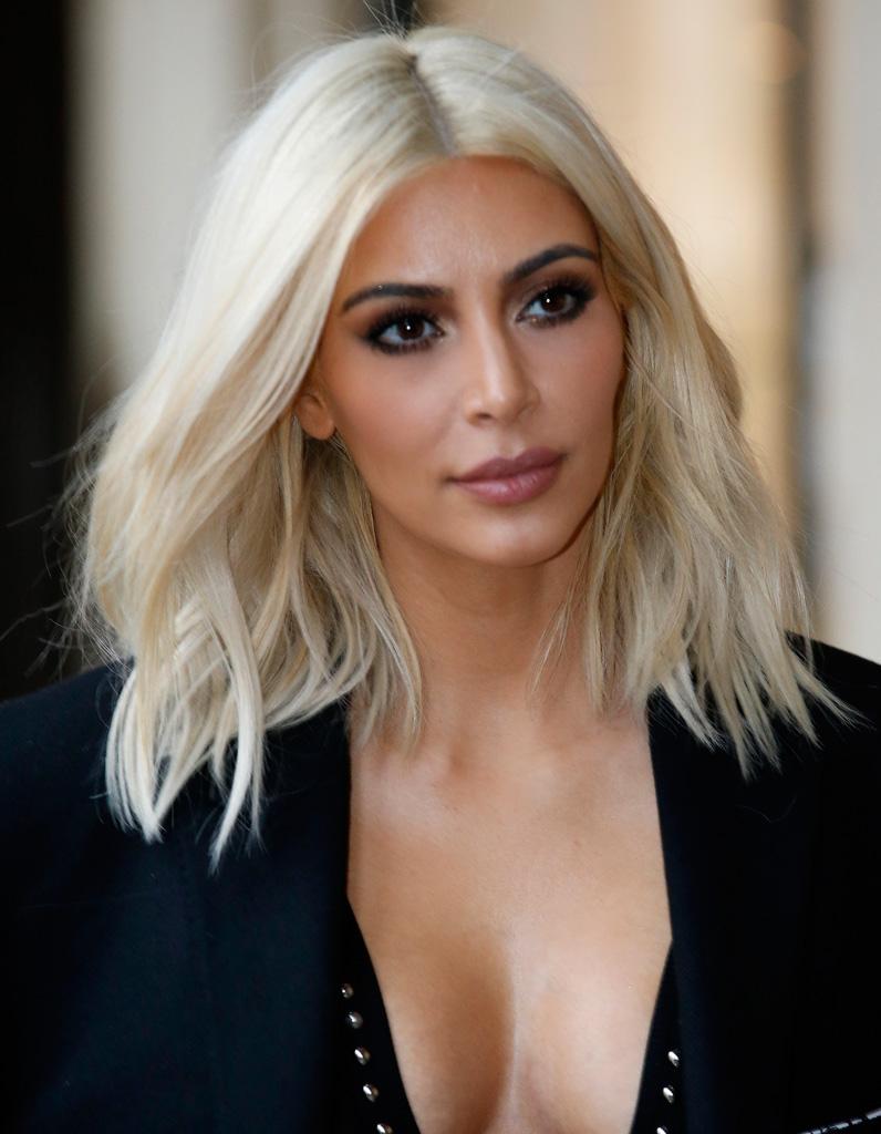 Après  Kim Kardashian blonde , Coloration de stars  les avant/après les  plus réussis , Elle