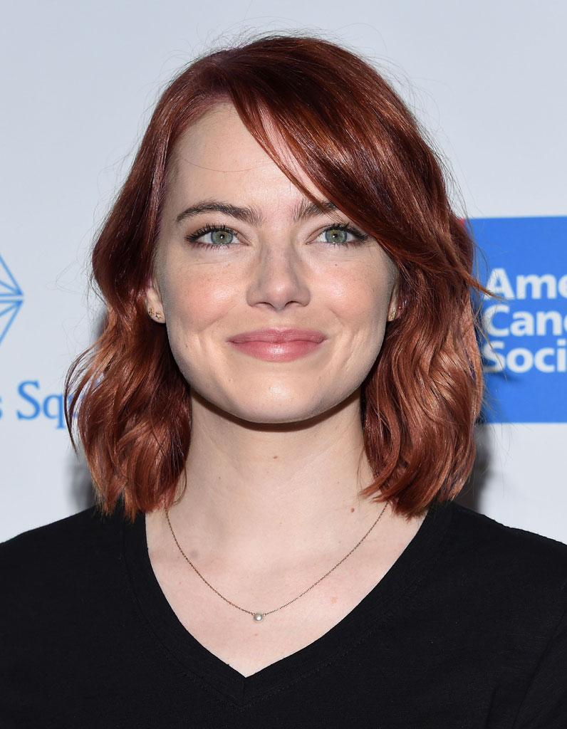 cheveux auburn emma stone cheveux auburn la couleur automnale qui s duit les stars elle. Black Bedroom Furniture Sets. Home Design Ideas