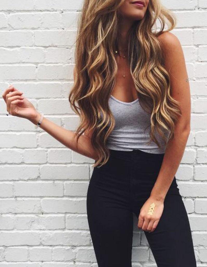 cheveux longs brushing boucl coiffure cheveux longs 78 coupes de cheveux longs pour un look. Black Bedroom Furniture Sets. Home Design Ideas