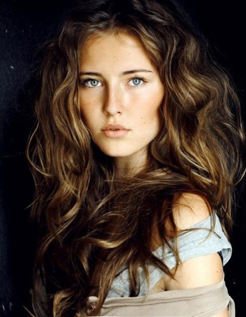 Beliebt Coupe de cheveux ondulés bruns automne-hiver 2016 - Cheveux  VM54