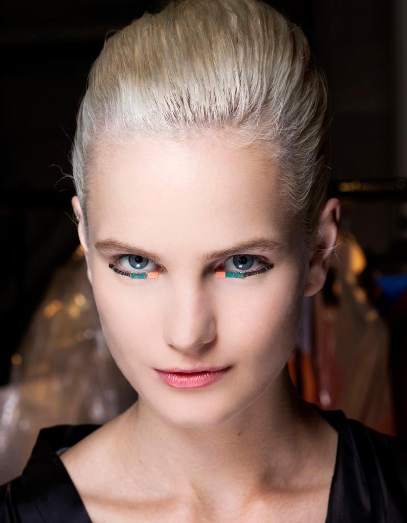 le blond cendr cheveux blonds les nuances demander son coiffeur elle. Black Bedroom Furniture Sets. Home Design Ideas