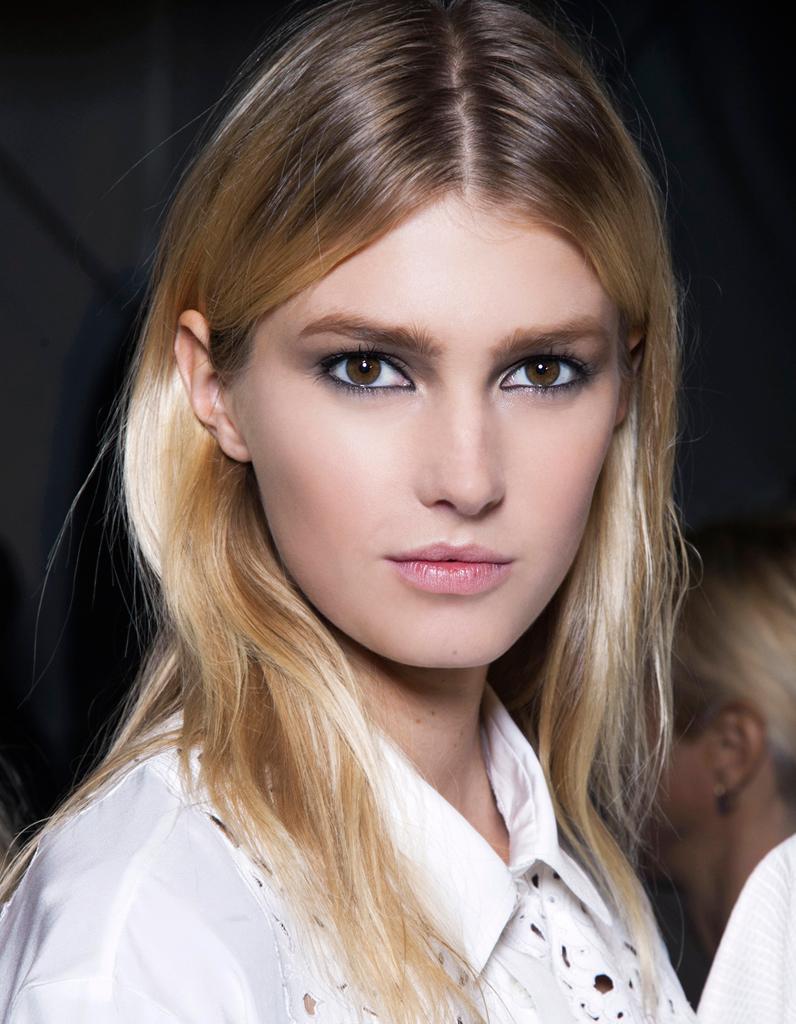 Populaire Le blond tie & dye - Cheveux blonds : les nuances à demander à son  SY15