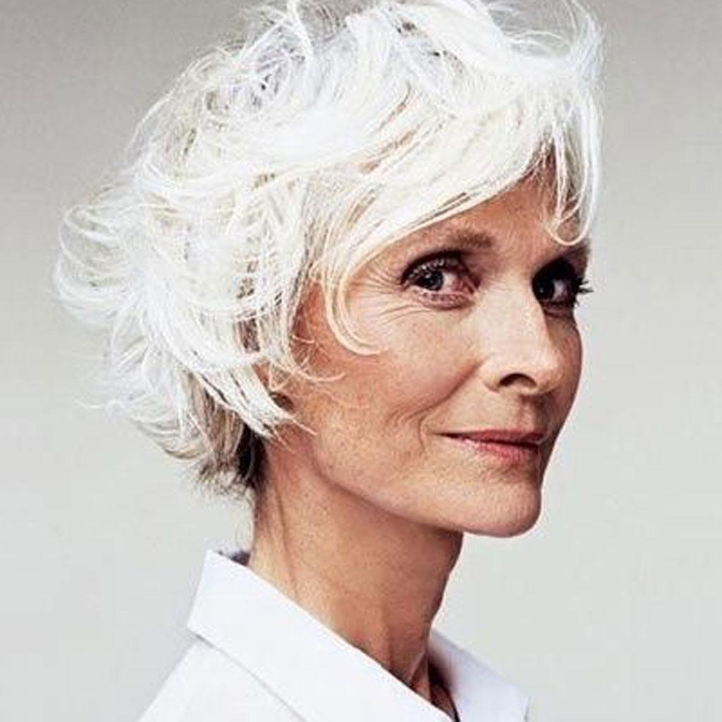 Fabuleux Cheveux blancs en coupe courte - 25 jolies façons de porter les  AQ59