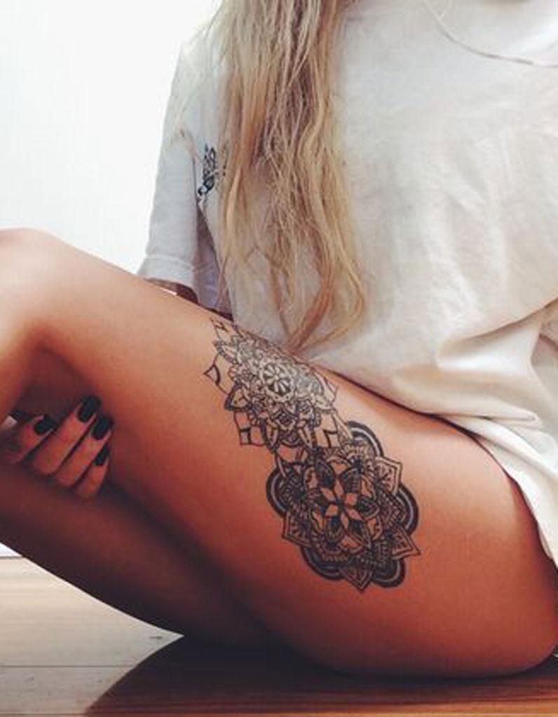 tatouage cuisse mandala 15 tatouages sur la cuisse qui nous font de belles jambes elle. Black Bedroom Furniture Sets. Home Design Ideas