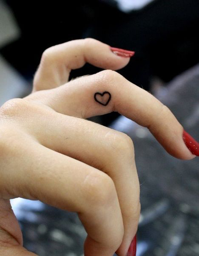 Tatouage Doigt Couple Tatouage Couple Diamant Doigt Par