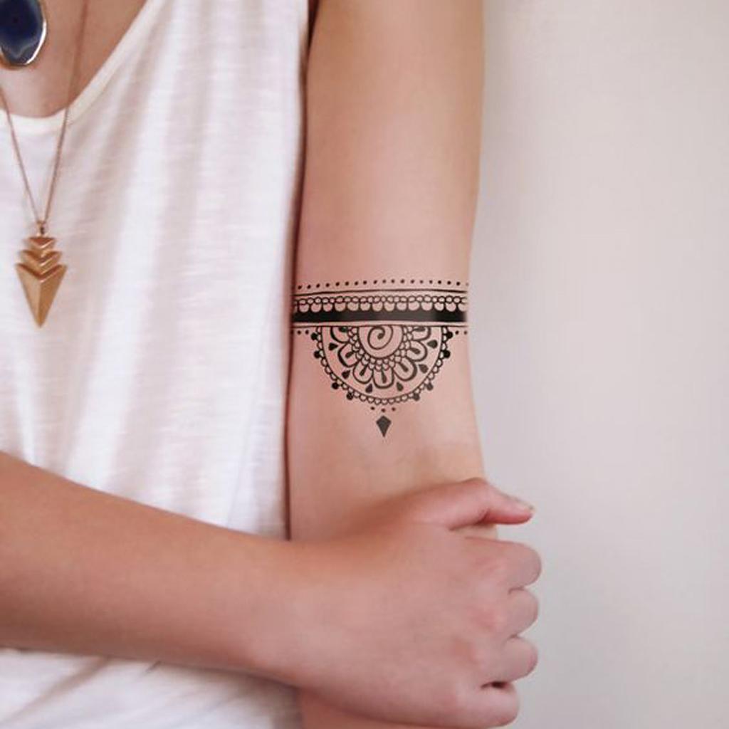 Tatouage Initiale Famille Tattoo Art
