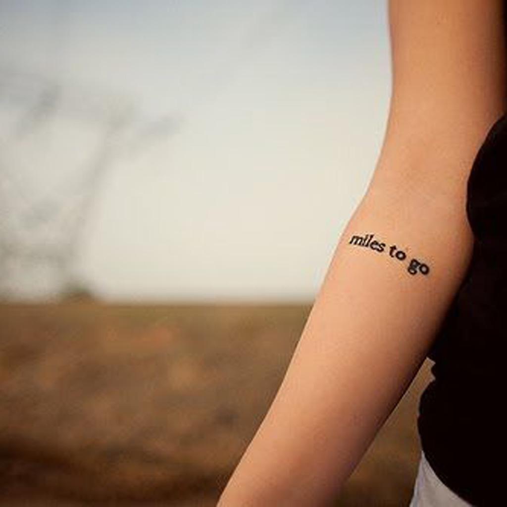 Tatouage phrase à l\u0027intérieur du bras