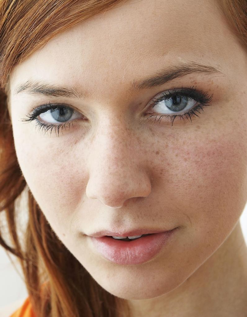 3 massages anti-âge pour le visage - Magazine Avantages