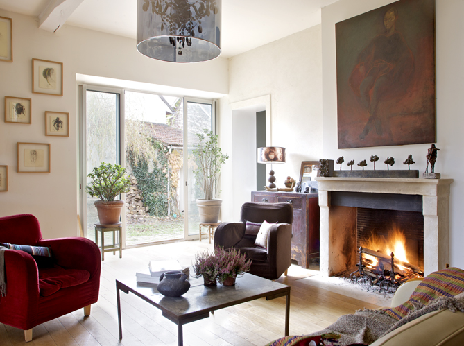 ambiance citadine dans une maison de campagne elle d coration. Black Bedroom Furniture Sets. Home Design Ideas