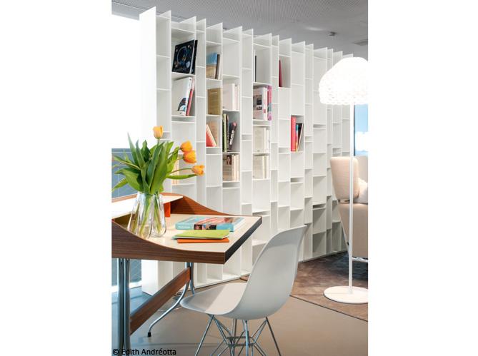 biblioth ques design nos 11 solutions pr f r es elle. Black Bedroom Furniture Sets. Home Design Ideas