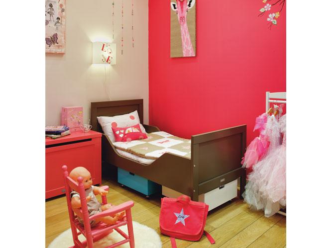 Chambres d 39 enfants misez sur la couleur elle d coration - Chambre enfant ampm ...