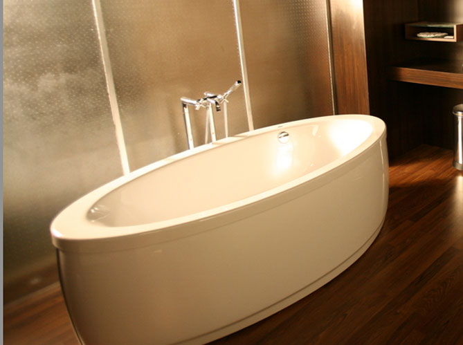 Habillage Baignoire Bois Leroy Merlin : Choisir sa baignoire : les tendances – Elle D?coration