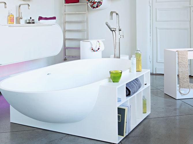 Des rangements malins dans la salle de bains elle d coration - Meuble gain de place salle de bain ...