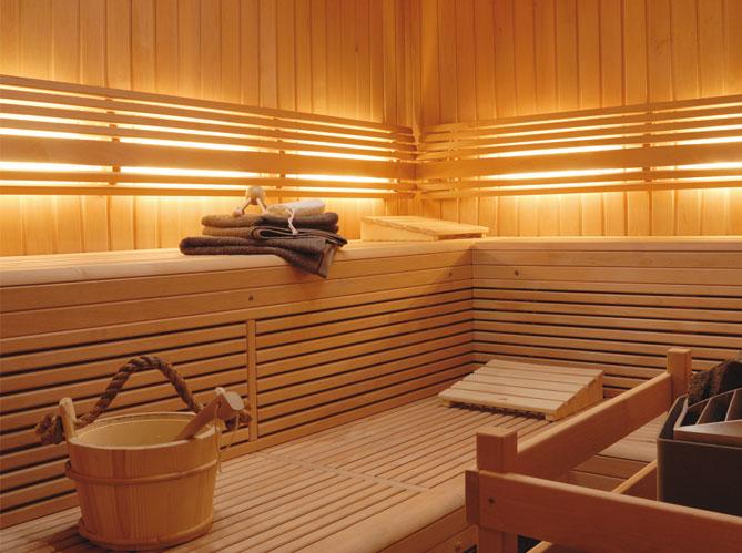 hammam ou sauna elle d coration. Black Bedroom Furniture Sets. Home Design Ideas