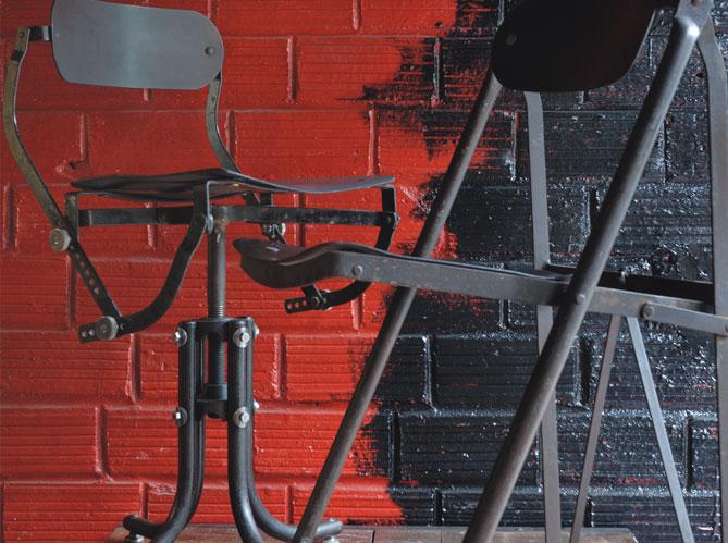 les chaises industrielles elle d coration. Black Bedroom Furniture Sets. Home Design Ideas
