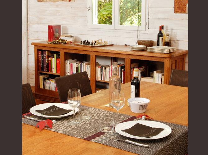 une maison en bois sur pilotis elle d coration. Black Bedroom Furniture Sets. Home Design Ideas