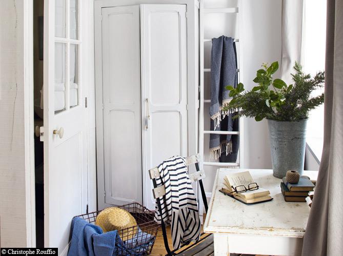 une maison typique au bord de la mer on en r ve elle. Black Bedroom Furniture Sets. Home Design Ideas
