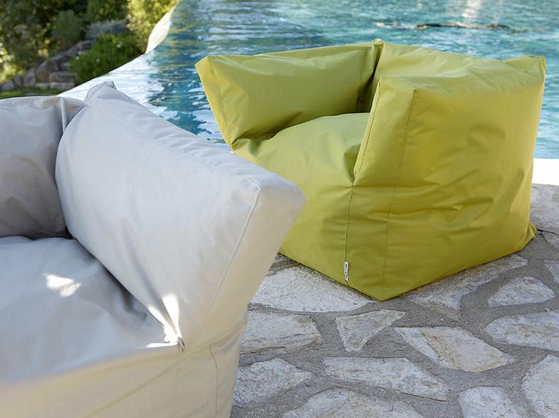 30 nouveaut s d co pour meubler sa terrasse elle d coration - Pouf leroy merlin ...