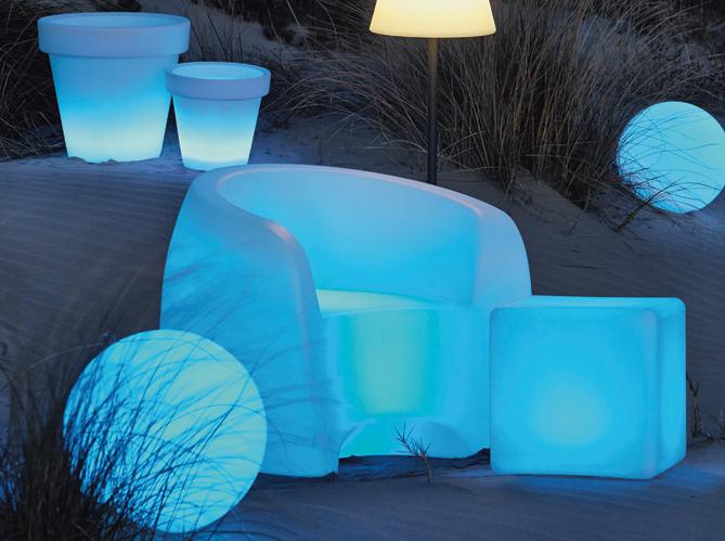 Eclairage table de jardin elle d coration - Mobilier jardin lumineux ...