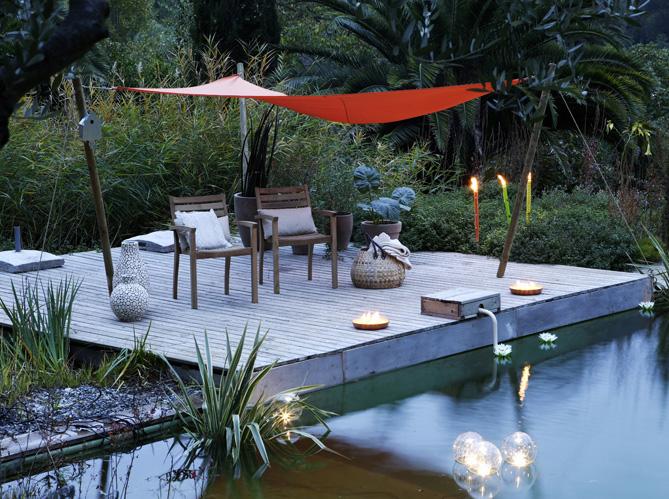 les voiles d 39 ombrage mettent un coup de vieux aux traditionnels parasols elle d coration. Black Bedroom Furniture Sets. Home Design Ideas