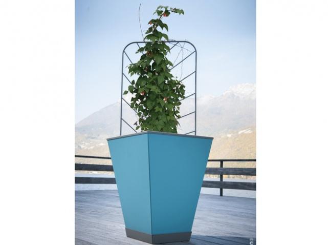 Meubles de jardin craquez pour notre s lection color e for Grand pot plante exterieur