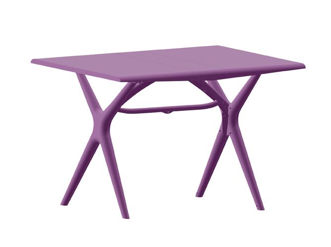 Cet t les meubles color s s invitent au jardin elle for Meuble jardin leroy merlin
