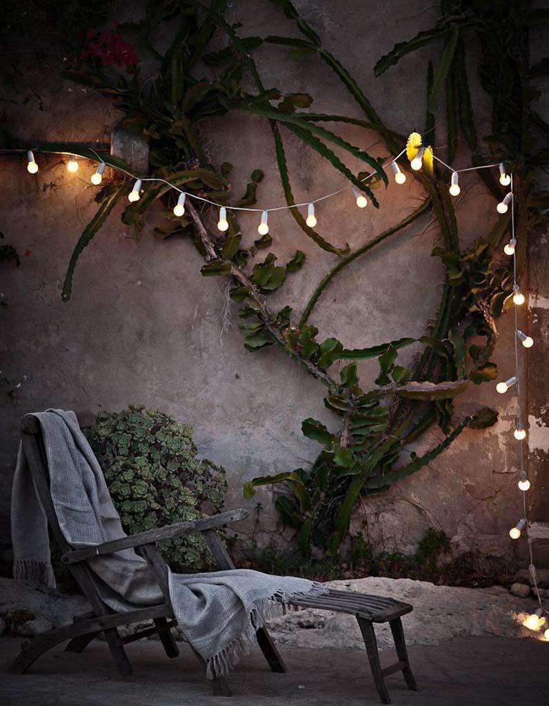 Sieste au jardin 20 inspirations pour une pause 100 zen for Guirlande lumineuse pour jardin