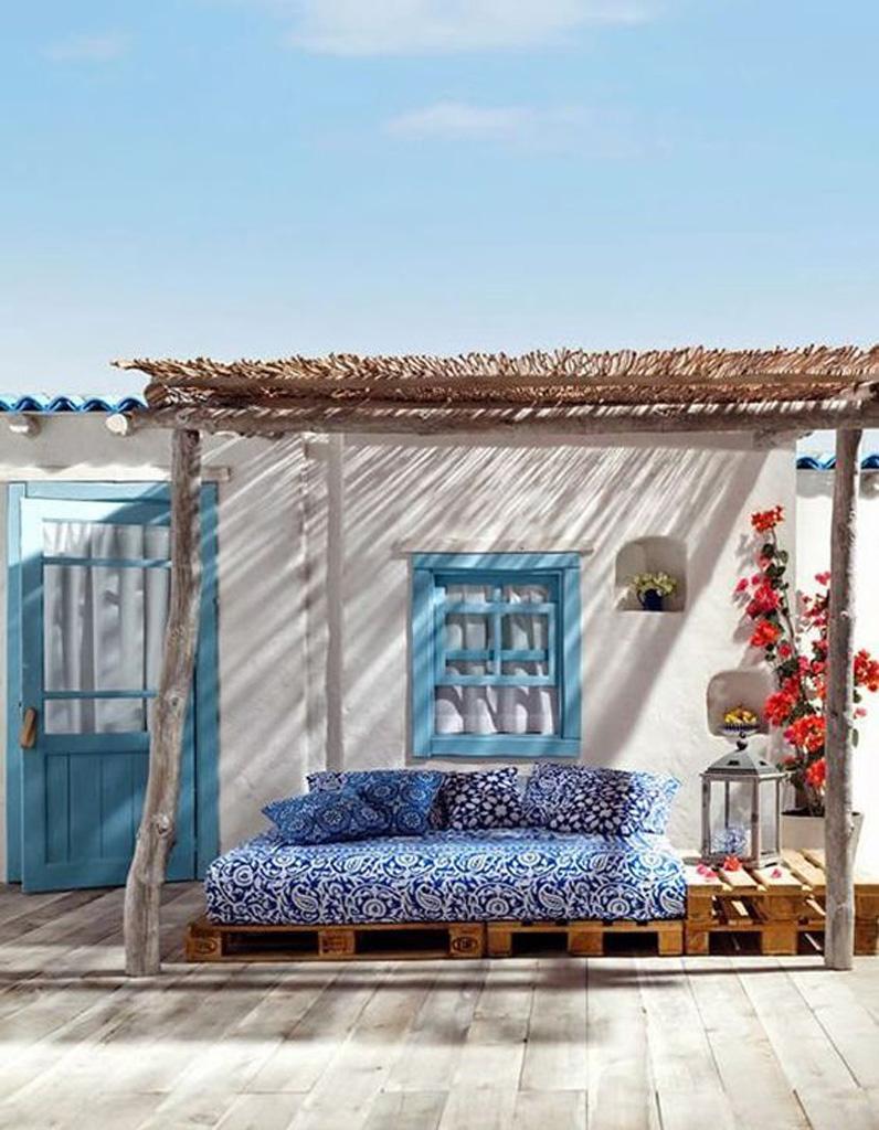 Sieste au jardin 20 inspirations pour une pause 100 zen for Pisos de bancos en la playa