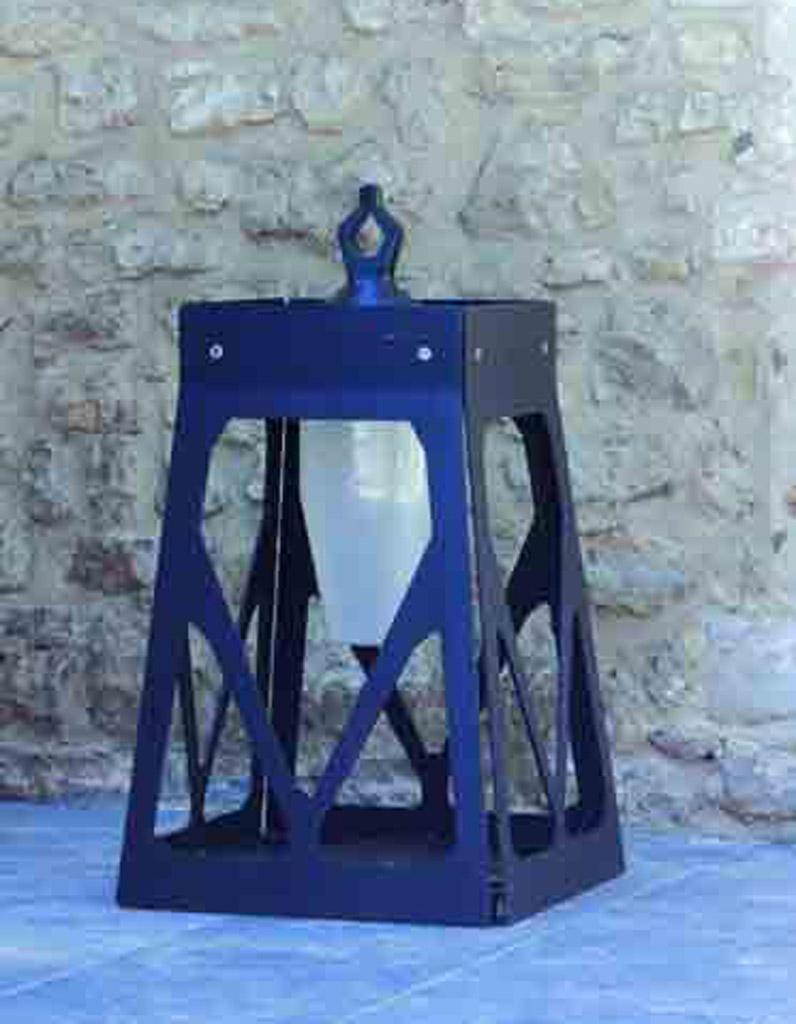 trendy finest lampe torche leroy merlin outdoor notre slection de luminaires elle dcoration with. Black Bedroom Furniture Sets. Home Design Ideas