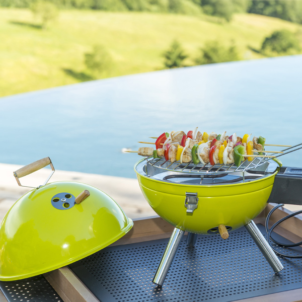Recherche petits barbecues pour grillades nomades elle d coration - Barbecue electrique puissant ...