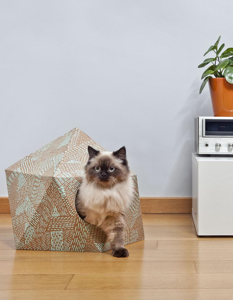 Accessoires pour animaux design notre s lection tr s d co elle d coration - Niche design pour chien ...