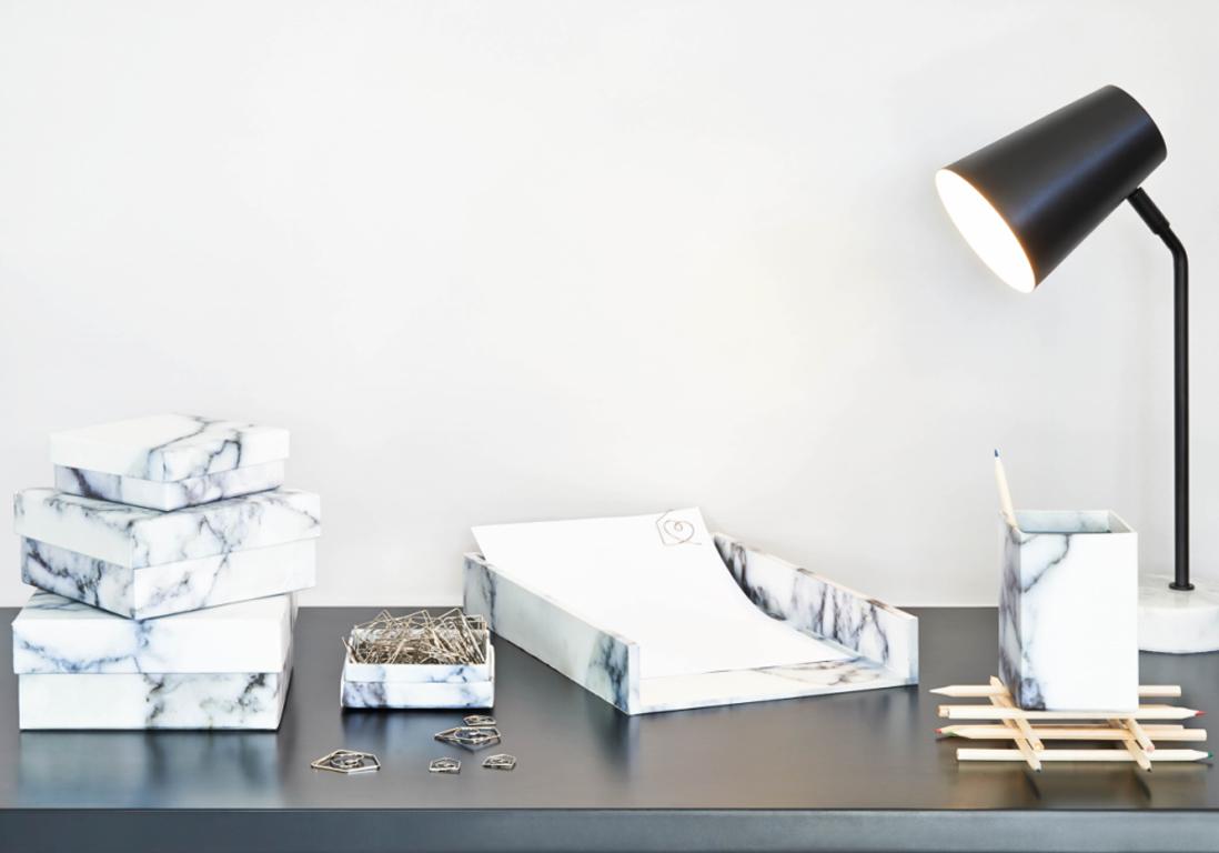 Le marbre la tendance d co qui r siste elle d coration for Bureau en marbre