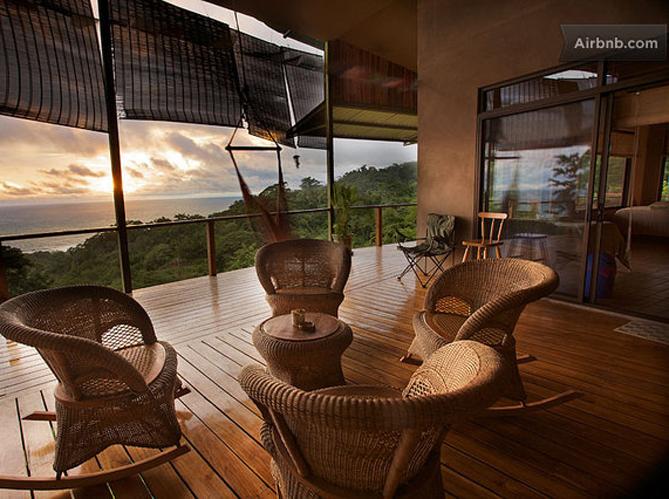 Nos apparts pr f r s sur airbnb elle d coration - Maison plain pied deco orientale palm springs ...