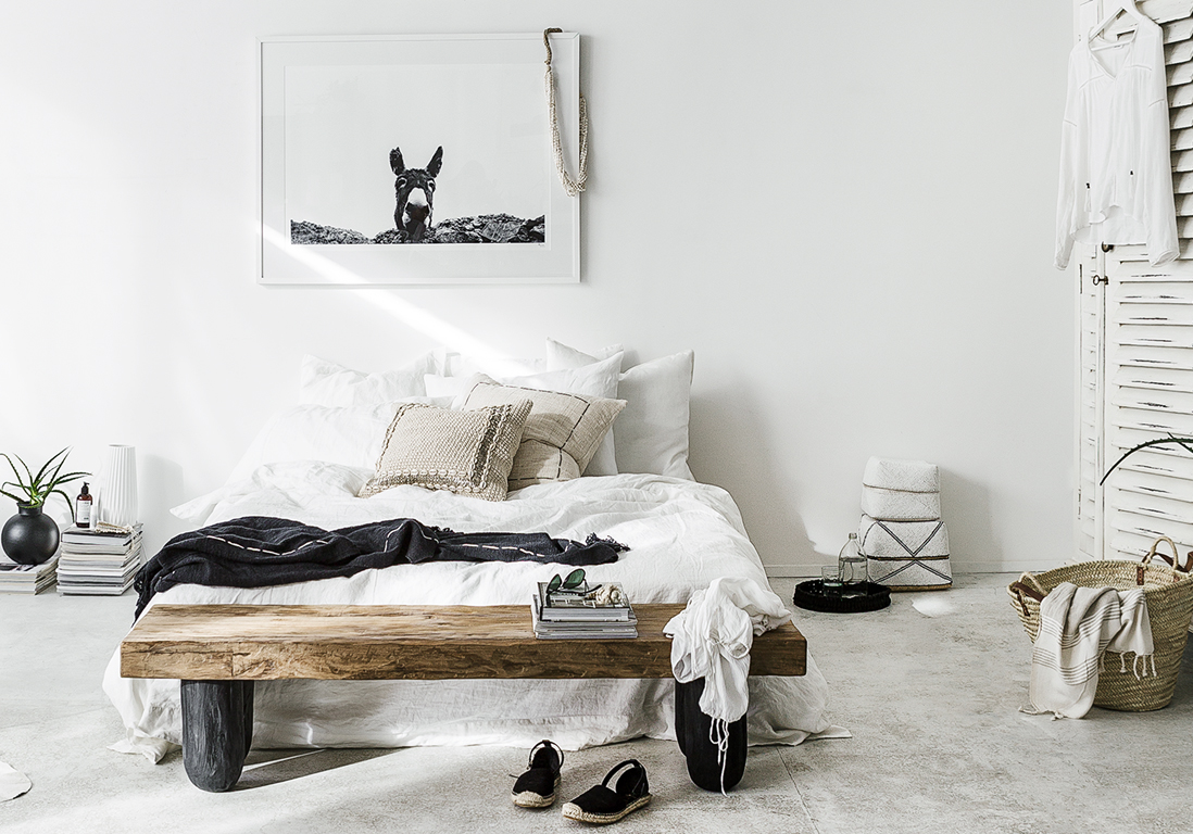 la chambre blanche en 15 fa ons elle d coration. Black Bedroom Furniture Sets. Home Design Ideas