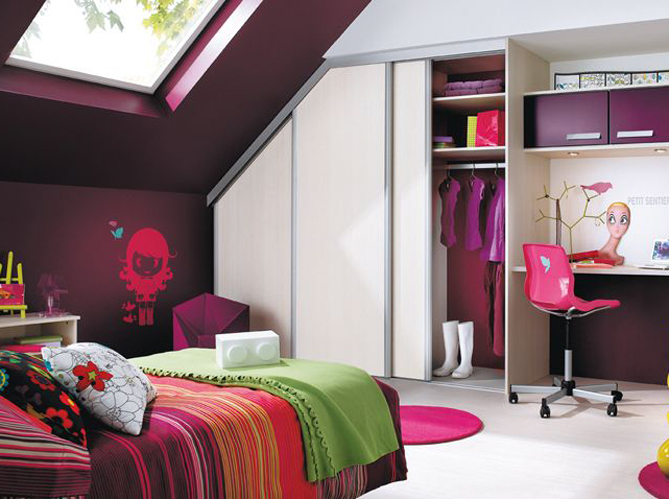 petite chambre bebe sous comble pr l vement. Black Bedroom Furniture Sets. Home Design Ideas