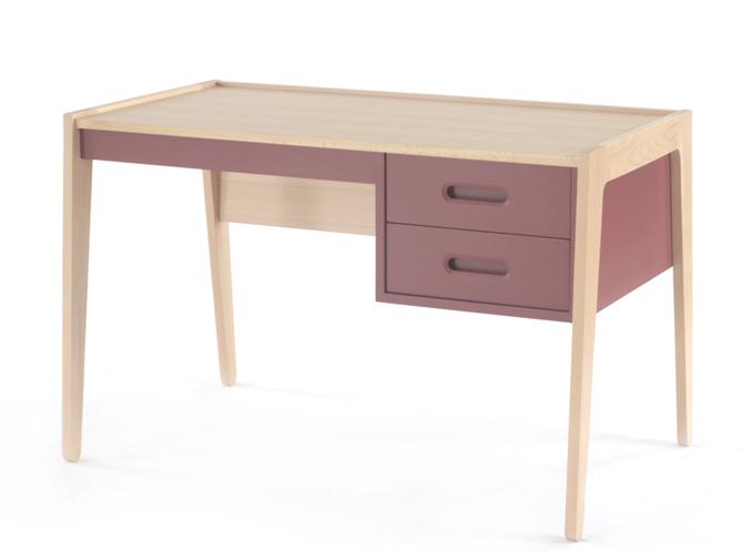 20 bureaux que votre fille va adorer elle d coration. Black Bedroom Furniture Sets. Home Design Ideas