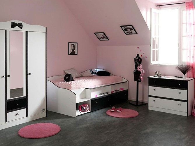 Decore ta chambre en ligne for Decoration chambre en ligne