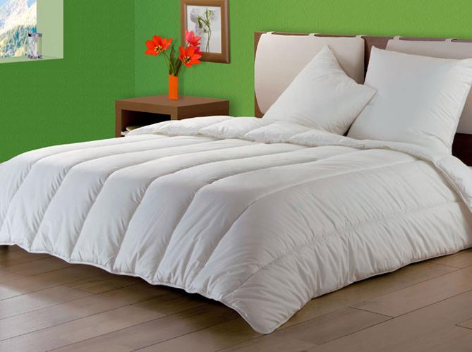 des couettes et des oreillers anti transpiration. Black Bedroom Furniture Sets. Home Design Ideas