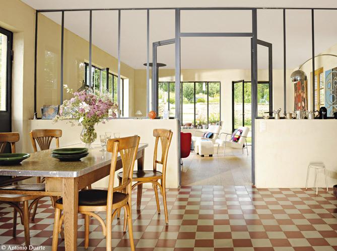 des salles manger tr s d co elle d coration. Black Bedroom Furniture Sets. Home Design Ideas