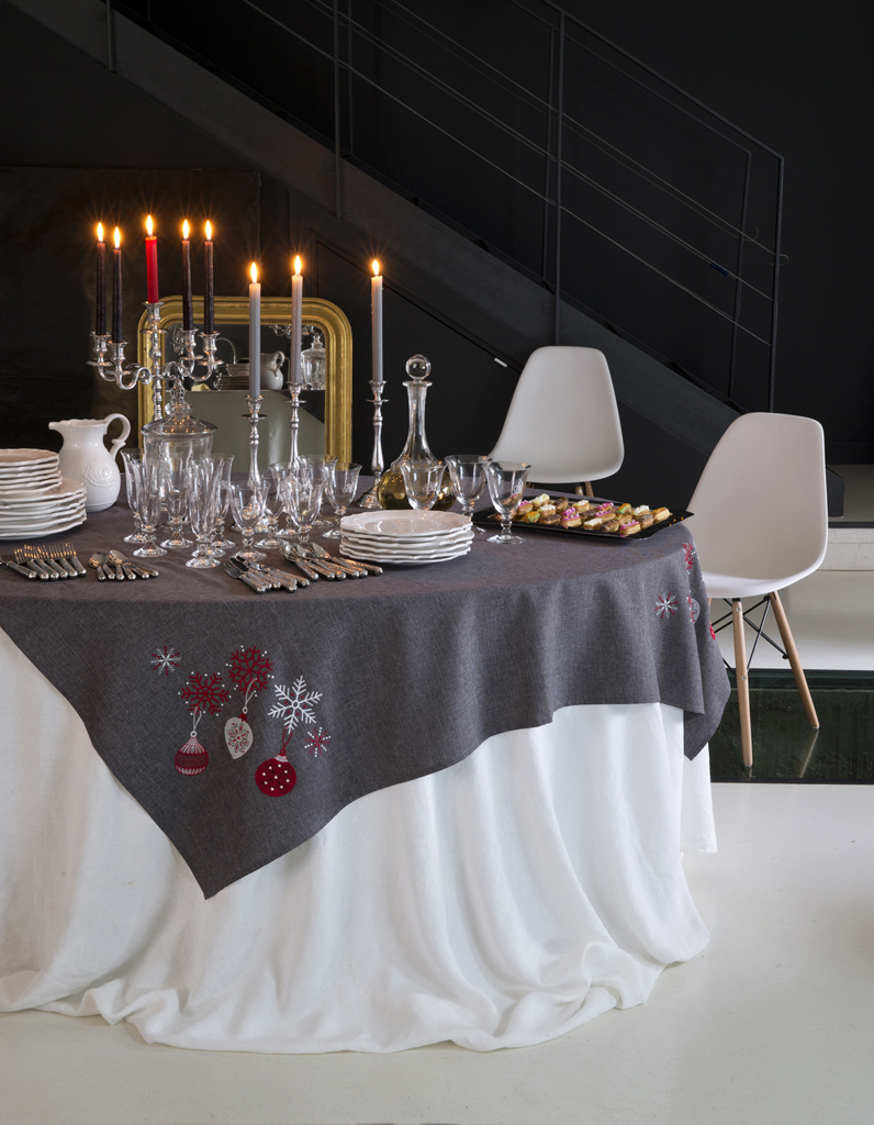 nappe linge de table table elle d coration. Black Bedroom Furniture Sets. Home Design Ideas