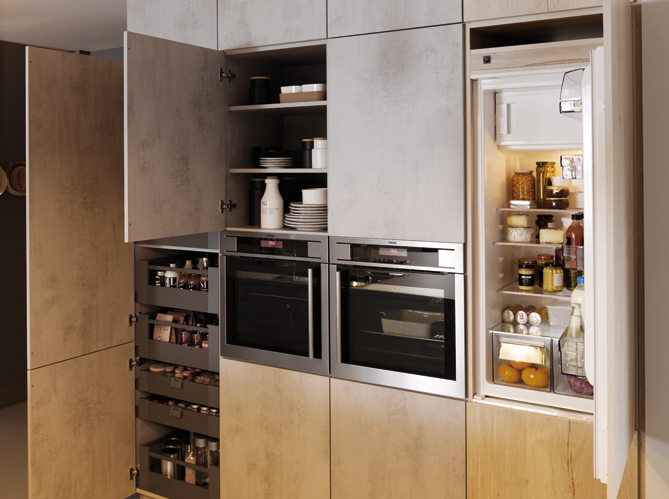 Votre r frig rateur est il bien int gr dans votre cuisine elle d coration - Cuisine dans un placard ...