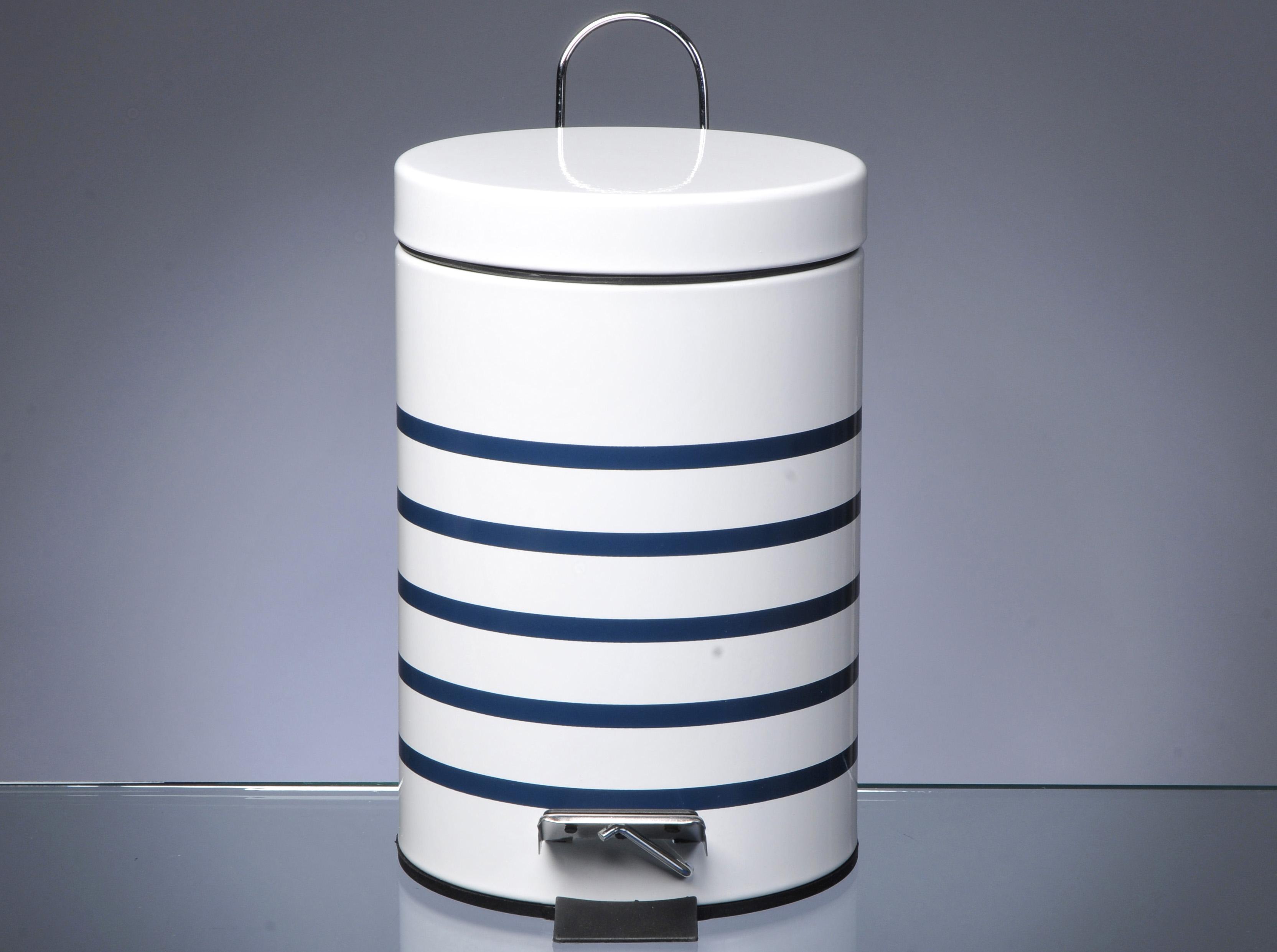 Les poubelles ne se cachent plus elle d coration for Poubelle de salle de bain design