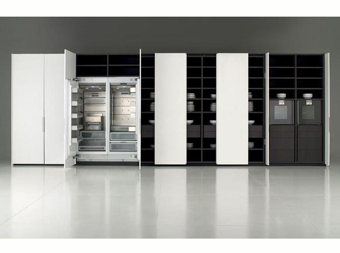 Une cuisine cach e dans un placard elle d coration for Porte de placard de cuisine