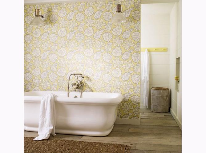 Des salles de bains sp ciales femmes elle d coration for Deco salle de bain campagne