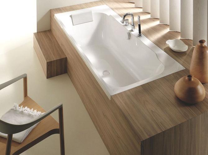 Des salles de bains sp ciales femmes elle d coration for Meuble de baignoire