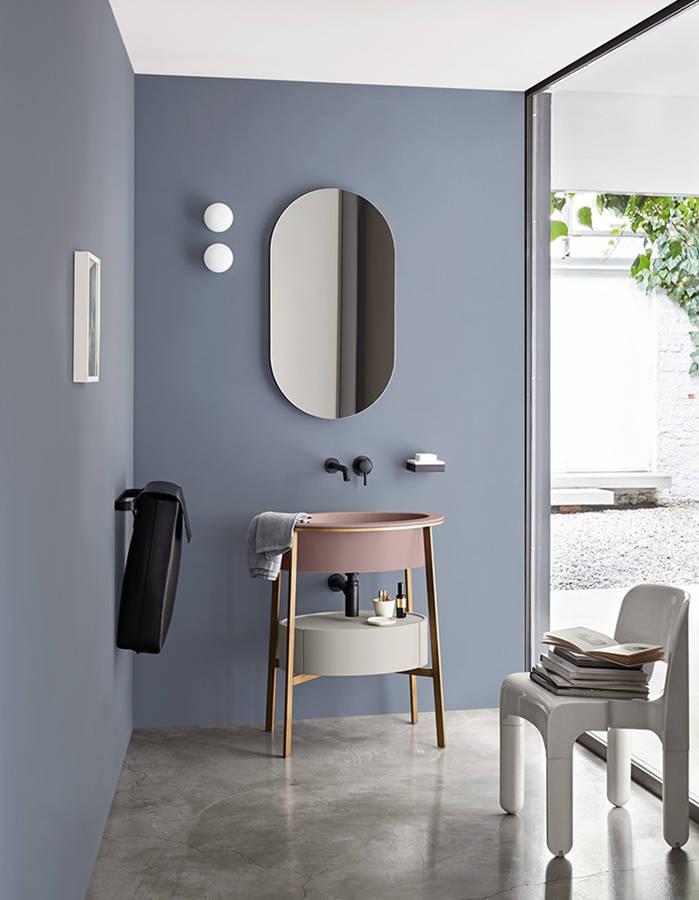 D couvrez les plus belles salles de bains bleues elle d coration for Quelle couleur mettre dans une salle de bain