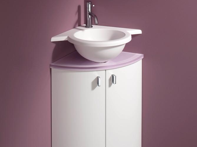 40 meubles pour une petite salle de bains elle d coration - Meuble d angle salle de bain ikea ...