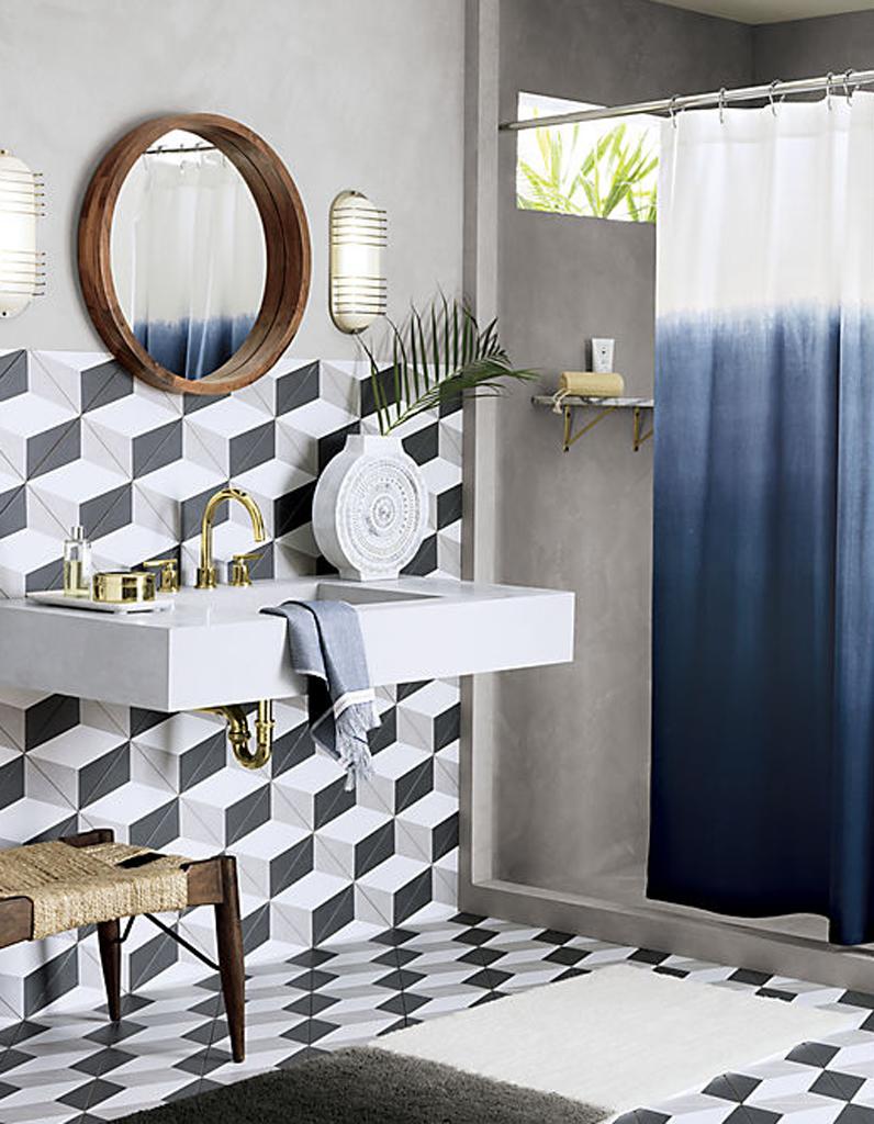 Rideau de douche 15 rideaux de douche pour une salle de bains d co elle d coration - Rideau tie and dye ...
